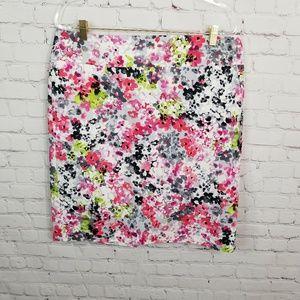 Liz Claiborne floral skirt fully lined size 16
